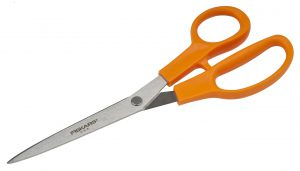 You Can Use The Sharpmaker To Sharpen Your Scissors!