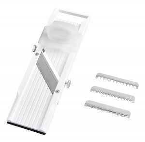 Benriner Mandoline Slicer: A Versatile Slicer That's Perfect For All You Minimalists!